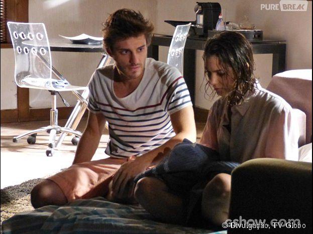 """Em """"Malhação"""", Martin (Hugo Bonemer) tentará entender porque Micaela (Laís Pinho) tentou se matar"""