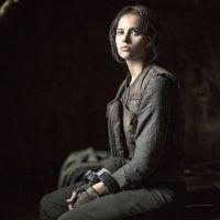 """De """"Rogue One - Uma História Star Wars"""": Jyn Erso (Felicity Jones) aparece algemada em nova foto"""