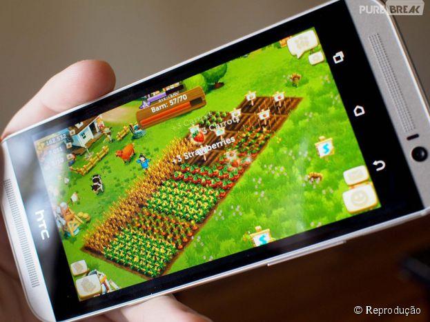 """Sua fazendinha de """"FarmVille"""" agora vai andar no seu bolso com a versão mobile"""