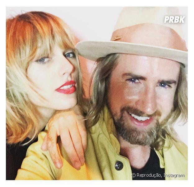 Taylor Swift exibe novo visual e rouba a cena da festa da modelo Liberty Ross