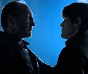 "Em ""Game of Thrones"", Roose Bolton (Michael McElhatton) pelo filho bastardo Ramsay (Iwan Rheon)"