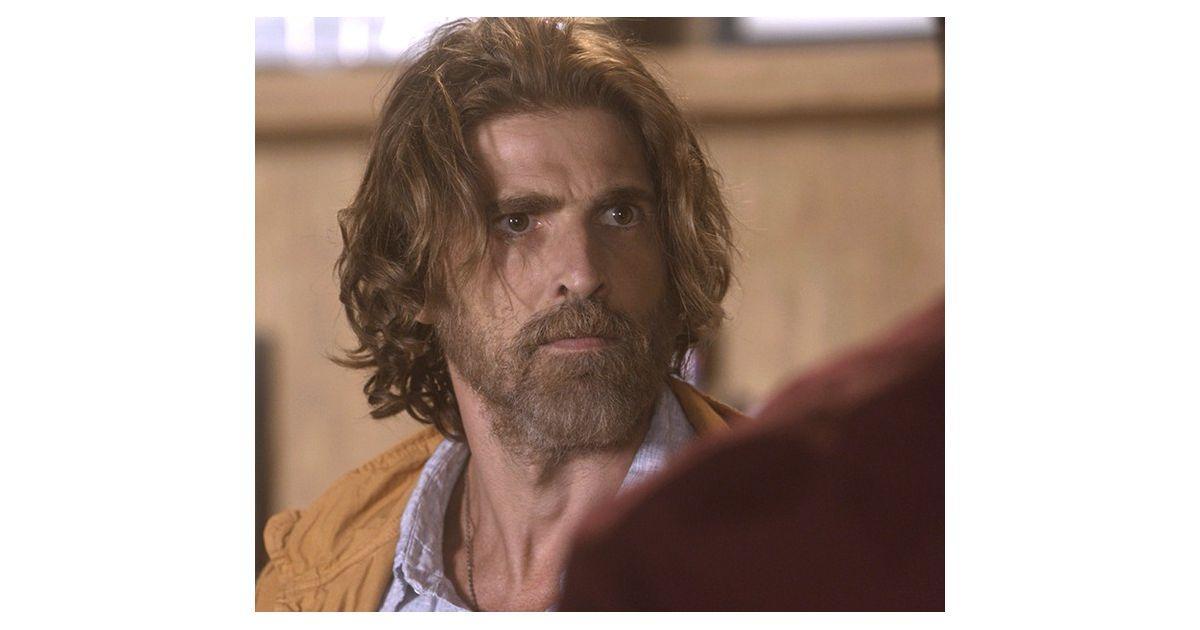 212326bc05687 Nas próximas cenas de A Lei do Amor, Pedro (Reynaldo Gianecchini) se  revolta com Ciro (Thiago Lacerda) e expulsa o cunhado de casa - Purebreak