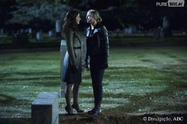 """Em """"Revenge"""", Emily (Emily VanCamp) e Victoria (Madeleine Stowe) tiveram seu duelo!"""