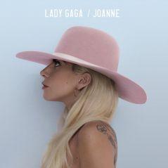 """Lady Gaga bate recorde com """"Joanne"""" e se torna a mulher com mais CDs emplacados no topo da Billboard"""