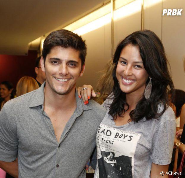 Bruno Gissoni e Yanna Lavigne serão papais! A atriz está grávida