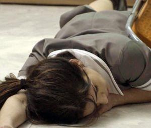 """Final """"Haja Coração"""": desconfiando que a empregada poderia estar se envolvendo com o noivo, Jéssica (Karen Junqueira) começou a dar tanto trabalho paraShirlei (Sabrina Petraglia), que a moça chegou a desmaiar de cansaço"""