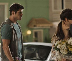 """Final """"Haja Coração"""": Adônis (José Loreto) demorou para se convencer queShirlei (Sabrina Petraglia) já não era mais sua"""