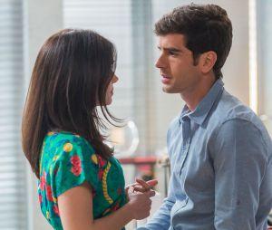 """Final """"Haja Coração"""": ainda com a acusão de Jéssica (Karen Junqueira) podendo levarShirlei (Sabrina Petraglia) para trás das grades, Felipe (Marcos Pitombo) jurou que ficaria sempre ao lado da amada"""