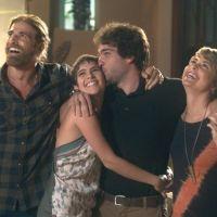 """Novela """"A Lei do Amor"""": Letícia (Isabella Santoni) e Tiago anunciam noivado e surpreendem família!"""
