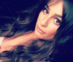 Lea Michele posa pelada no Instagram e exibe tatuagem em homenagem a Cory Monteith