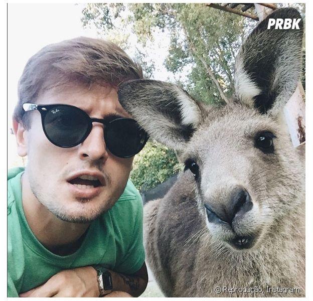Victor Liberato é um dos youtubers apaixonados por viagem que compartilha suas experiências na web