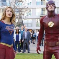 """Em """"The Flash"""" e """"Supergirl"""": crossover musical ganha primeiro teaser! Confira"""