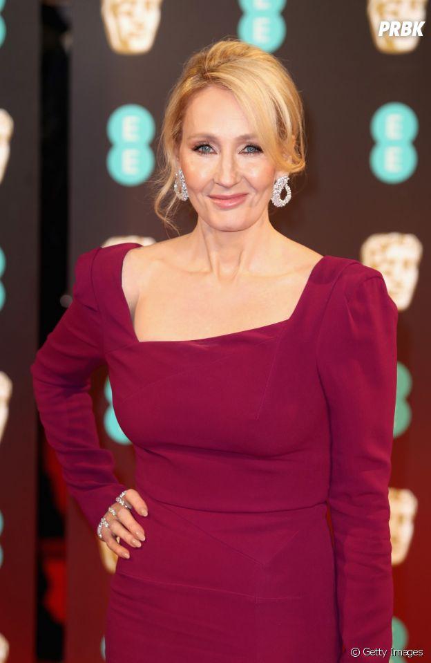 """J. K. Rowling, da saga """"Harry Potter"""", começou a escrever para sustentar o filho"""