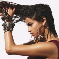 Selena Gomez aparece sexy na capa da revista Vogue e abre jogo sobre depressão em entrevista!