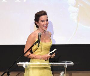 """Emma Watson, em """"A Bela e a Fera"""", ganha um cachê daqueles!"""