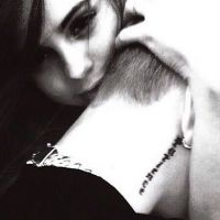 Justin Bieber posta foto de Selena Gomez e depois deleta! #DiadosNamorados
