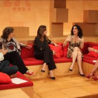 "Barraco na TV e no Twitter: Paula Lavigne X Barbara Gancia e a polêmica do ""Saia Justa"""