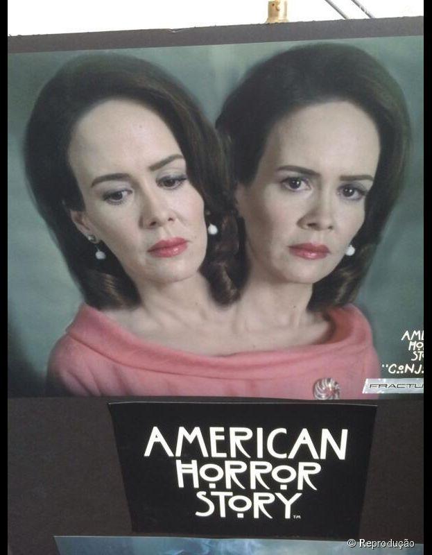 """Em """"American Horror Story: Freakshow"""", Sarah Paulson será Bette e Dot ao mesmo tempo!"""