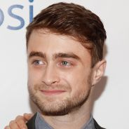 Astro de Harry Potter, Daniel Radcliffe fala que é alcoólatra por causa da saga