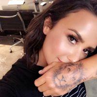 Demi Lovato surpreende fãs com nova tatuagem em local bastante inusitado!