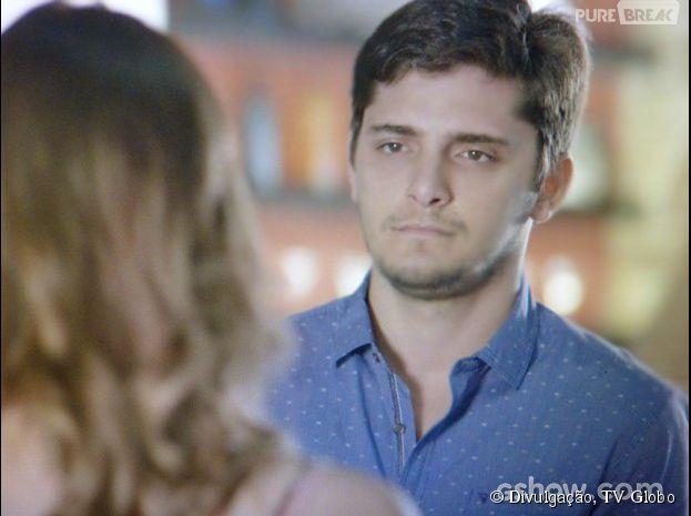 """Na novela """"Em Família"""", André (Bruno Gissoni) vai correr risco de vida!"""