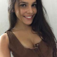 """Do """"BBB17"""": Emilly Araújo cria sorteio para presentear fãs com abadas que usou durante o reality!"""