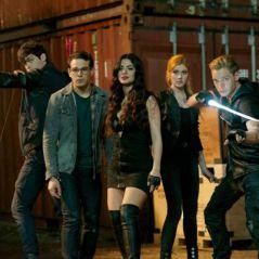 """De """"Shadowhunters"""": na 2ª temporada, Sebastian Velarc aparece no episódio de estreia!"""