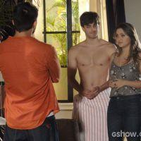 """Na reta final de """"Em Família"""": André fica com ciúmes de Bárbara e Lucas"""