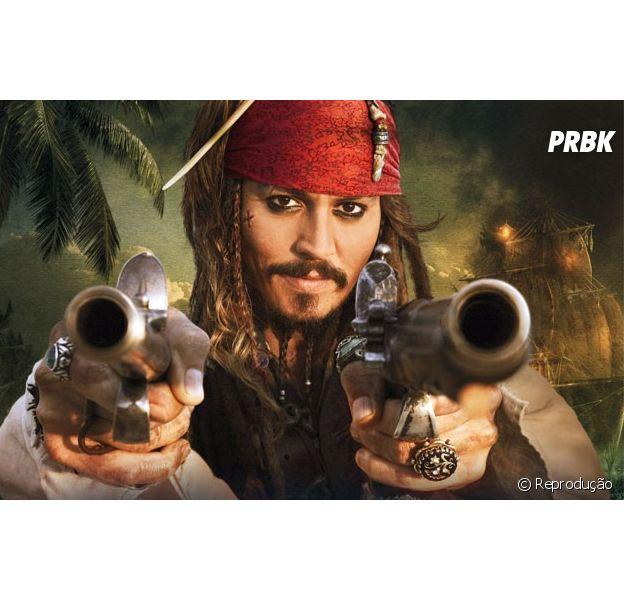 """Johnny Depp interpreta o protagonista da franquia """"Piratas do Caribe"""""""