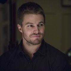 """Em """"Arrow"""": na 6ª temporada, Oliver e Flash Reverso em luta? Ator fala sobre possibilidade"""