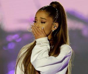 Ariana Grande recebeu homenagem da cidade de Manchester após o atentado terrorista que ocorreu em seu show