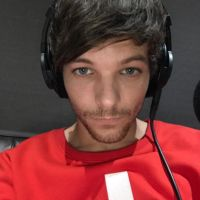 "Louis Tomlison, do One Direction, lança ""Back to You"", parceria com Bebe Rexha!"