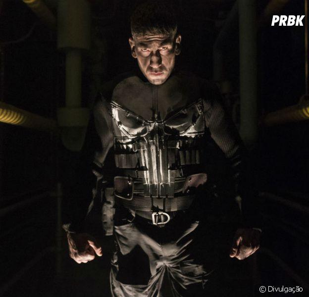 """Netflix libera mais uma imagem de """"O Justiceiro"""" e Frank Castle (Jon Bernthal) aparece pela primeira vez com o uniforme do anti-herói!"""