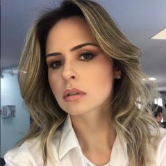 """No """"A Fazenda"""": Ana Paula Renault, do """"BBB16"""", perde posto de repórter do reality!"""