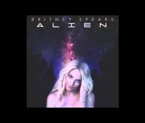 Britney Spears cantando Alien sem autotune