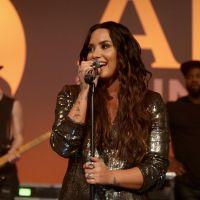 "Demi Lovato elogia Selena Gomez e fala sobre o transplante de rim da amiga: ""Orgulhosa"""