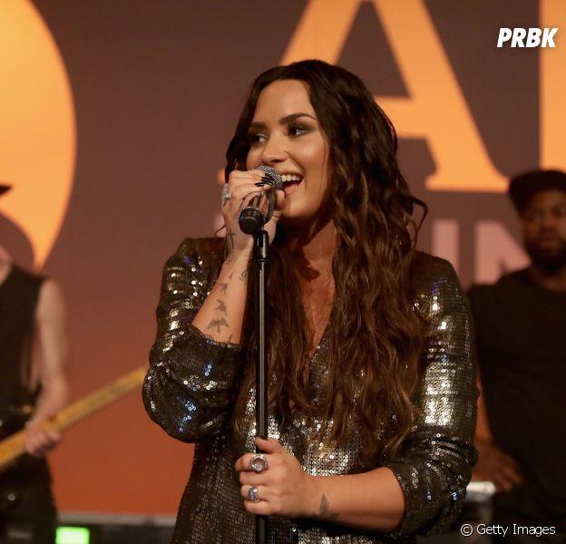 Demi Lovato elogia coragem de Selena Gomez por ter feito o transplante de rim no início do ano