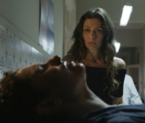 """Em """"A Força do Querer"""": Joyce (Maria Fernanda Cândido) aceita Ivan (Carol Duarte)"""