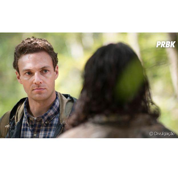 """Em """"The Walking Dead"""": ator compara 8ª temporada com filme """"Duro de Matar"""""""