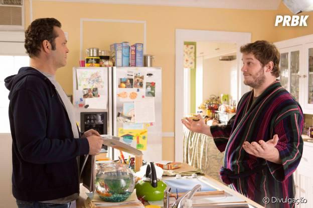 """Em """"De Repente Pai"""", Chris Pratt ainda exibe uma barriguinha"""