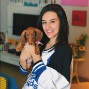 Kéfera Buchmann adota novo cachorro; conheça o Teodoro César!