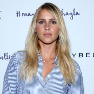 "Claire Holt, a Rebekah de ""The Originals"", fica noiva do namorado Andrew Joblon!"