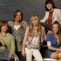 """Sem Miley Cyrus, elenco de """"Hannah Montana"""" faz pequena reunião!"""
