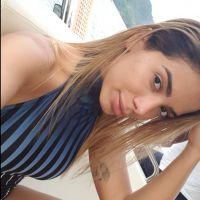 Anitta posta fotos sem maquiagem e manda recado para os fãs no Instagram!