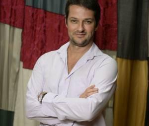 """Marcelo Serrado é o diretor e autor de """"A História dos Amantes"""", com Hugo Bonemer, Bruno Gissoni e Daniel Rocha"""