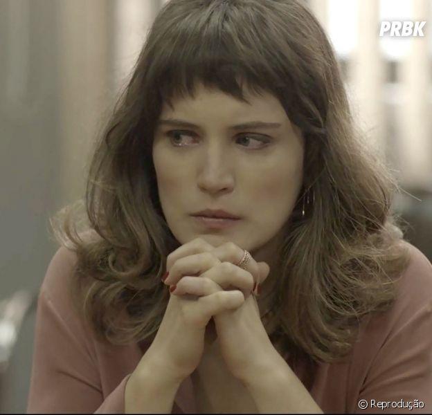 """Novela """"O Outro Lado do Paraíso"""": Clara pode desistir dos"""