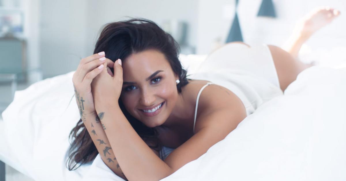 Demi Lovato anuncia 4 shows no Brasil em abril! Veja como comprar seu  ingresso - Purebreak d580cfb707