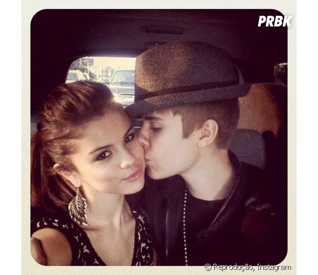 Selena Gomez e Justin Bieber curtem romance