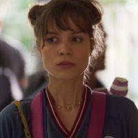 """Em """"Malhação"""", Verena (Joana Borges) está sofrendo assédio do professor Breno!"""