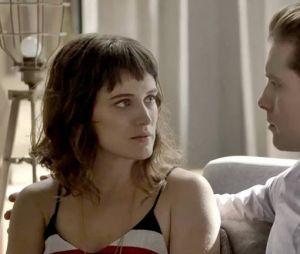 """Em """"O Outro Lado do Paraíso"""", Clara (Bianca Bin) e Patrick (Thiago Fragoso) aparecem juntos em gravação do final da novela"""